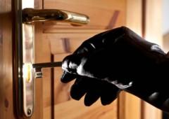 Тавдинские полицейские раскрыли квартирную кражу в селе Тагильцы